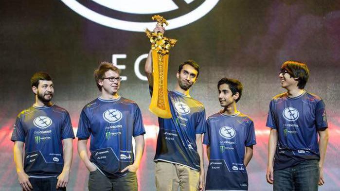 Чемпионы DAC 2015 Evil Geniuses