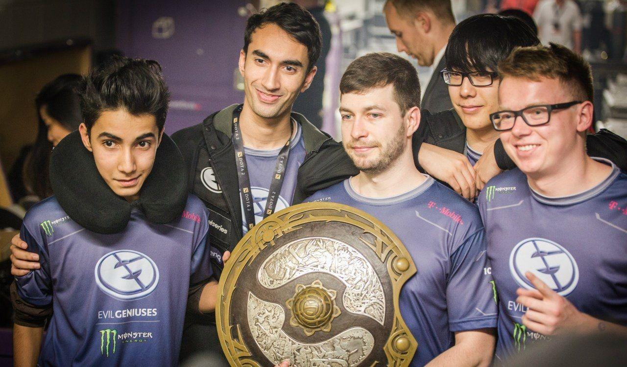 Победители The International 2015: Evil Geniuses